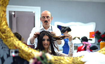 Babadan Kızlarına Gelin Saçı