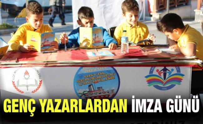 Çayeli'nde Genç Yazarlar İmza Günü Düzenledi