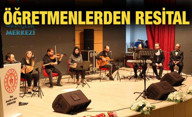 Öğretmenler Korosundan Müzik Ziyafeti