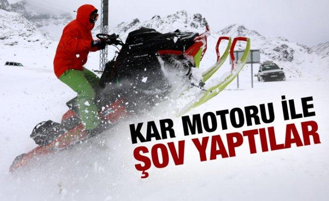 Ovit Dağı'nda Kar Motorlarıyla Gösteri