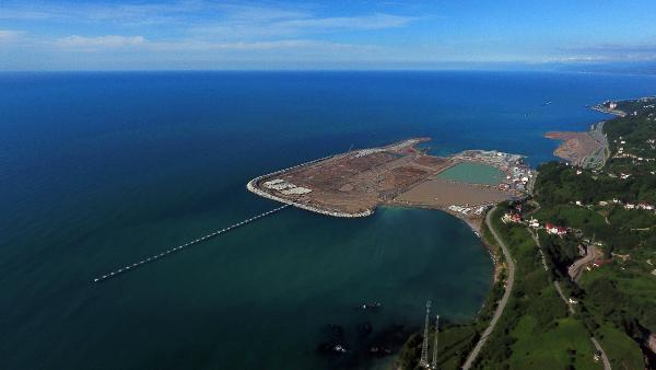 Rize-Artvin Havalimanı'nın yüzde 40'ı tamamlandı