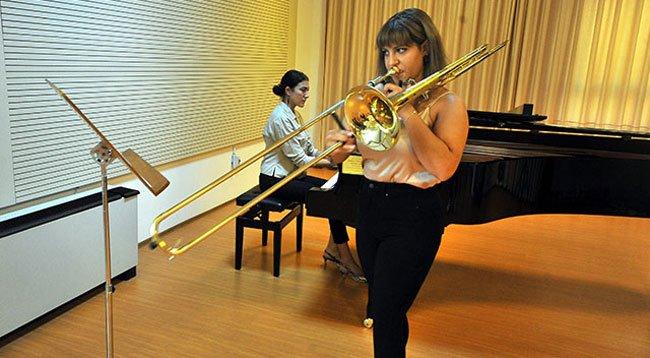 Dünyaca Ünlü Müzik Okulunda Okuyacak