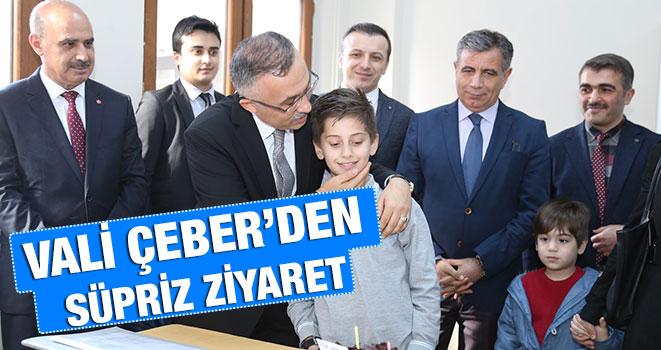 Vali Çeber'den Öğrencilere Süpriz Ziyaret