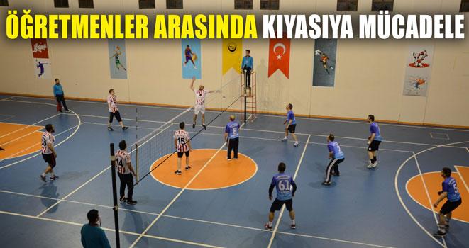 Okullar Arası Voleybol Turnuvası Yapıldı