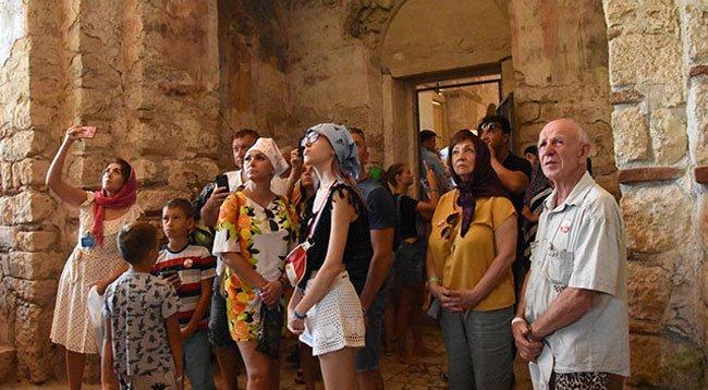 Aziz Nikolaos ve Myra'ya Yarım Milyon Ziyaretçi