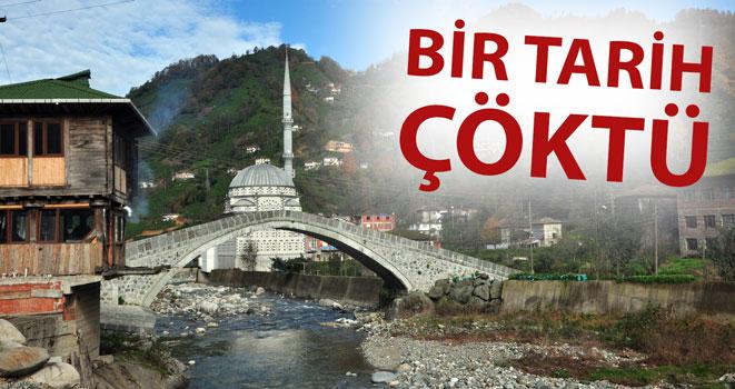 Rize'de Tarihi Köprü Çöktü
