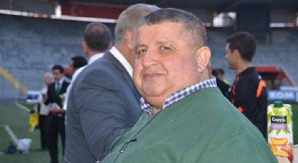 Denizde Kalp Krizi Geçiren Futbol Adamı Öldü