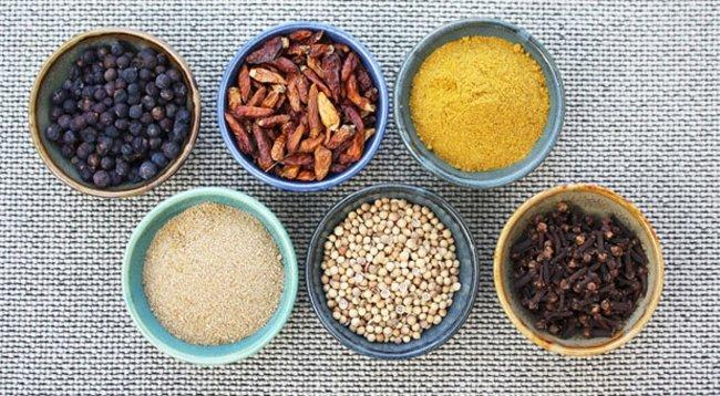 Baharatlar, 'Zehirli Küf'e Neden Olabilir
