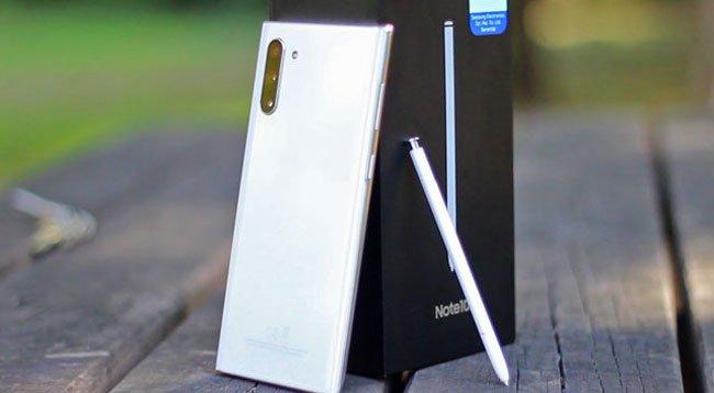 Samsung Galaxy Note 10'u Piyasaya Sürdü