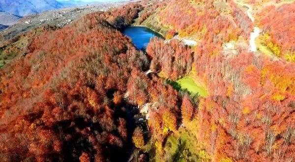Ulugöl'de Sonbaharla Birlikte Renk Cümbüşü