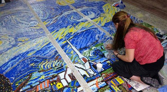 'Yıldızlı Gece' Mozaik Sanatıyla Yorumlanıyor