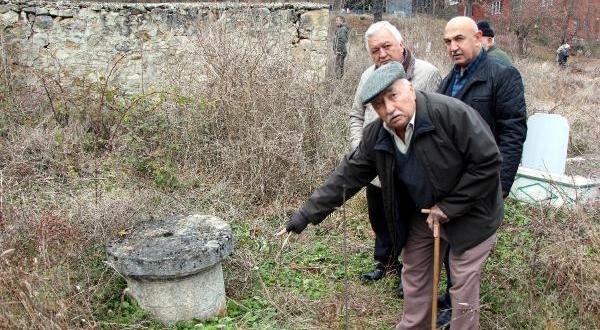 Yunus Emre'nin Mezarı Bolu'da Mı?