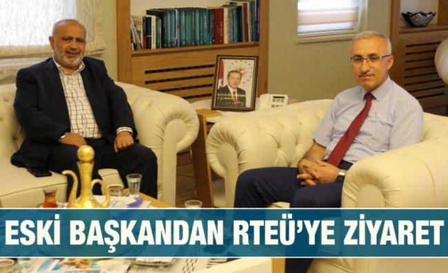 Yılmaz, Rektör Karaman'ı Makamında Ziyaret Etti