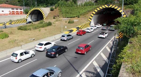 12 Günde 1 Milyon 9 Bin Araç Bu Tünelden Geçti