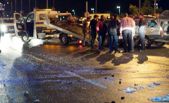 Ardeşen'de Korkunç Kaza: 1 Ölü, 3 Yaralı