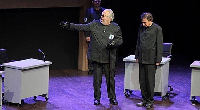 'Büyük Gözaltı' Tiyatroseverlerle Buluşacak
