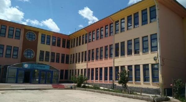 Okulda Cıva Paniği: 5 Kişi Hastanelik Oldu