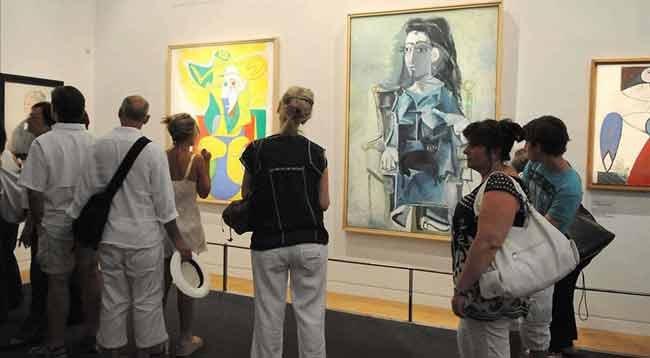 Çekilişle Picasso'nun 1 Milyon Avroluk Tablosunun Sahibi Oldu