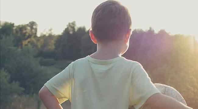 Çocuklar D Vitamini İçin Güneşli Günlerde Balkona Çıkarılmalı