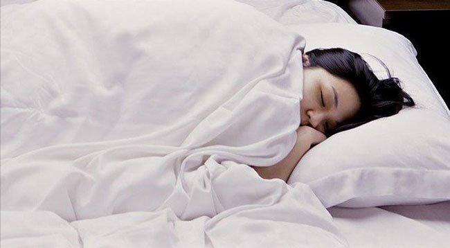 Uyku Öncesi ve Sonrası Çalışmak Öğrenmedeki Başarıyı Artırıyor