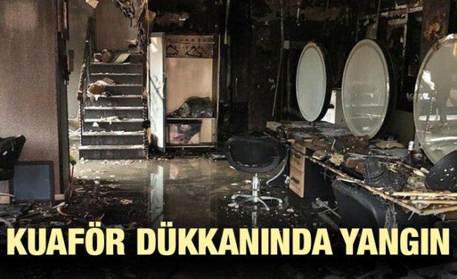 Kuaför Dükkanı Çıkan Yangında Kullanılamaz Hale Geldi