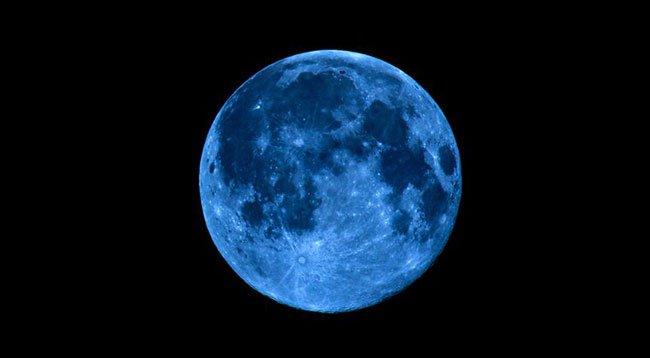 Bu Gece 'Mavi Dolunay' Var