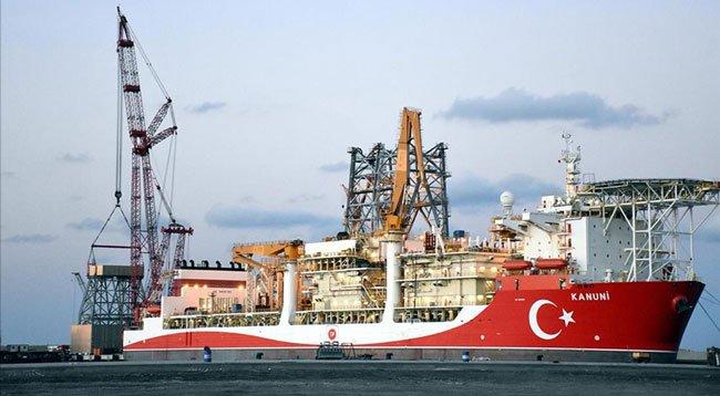 'Kanuni' Sondaj Gemisinin Kule Montajına Başlandı