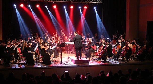 Deprem Mağdurları İçin Konser Verdiler