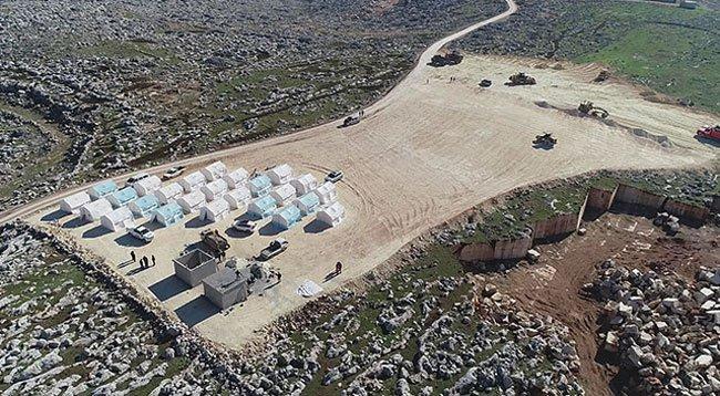 İdlib'den Kaçan Suriyeliler İçin 9 Kamp Kurdu