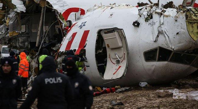 Kaptan Pilota 'Ev Hapsi' Koşuluyla Tahliye