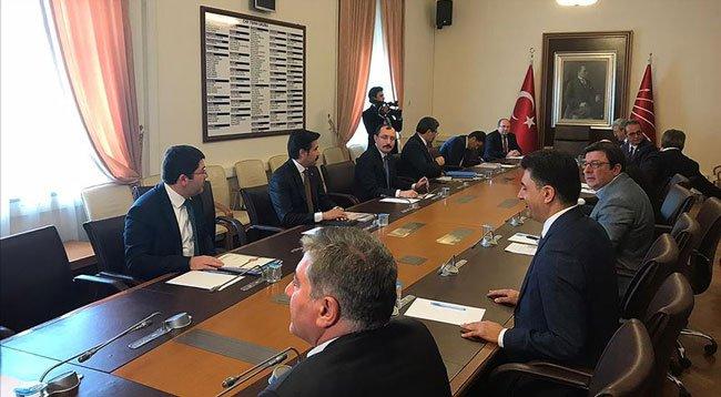 AK Parti'den CHP'ye İnfaz Düzenlemesi Ziyareti