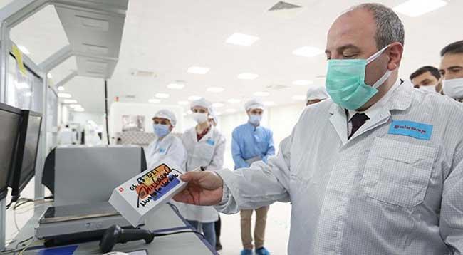 Bakan Varank: Xiaomi'nin Fabrikasında Üretilen Telefonlar Türkiye'de Satılacak
