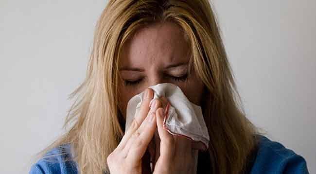 Bahar Alerjisi Olanlara 'Koronavirüs' Uyarısı