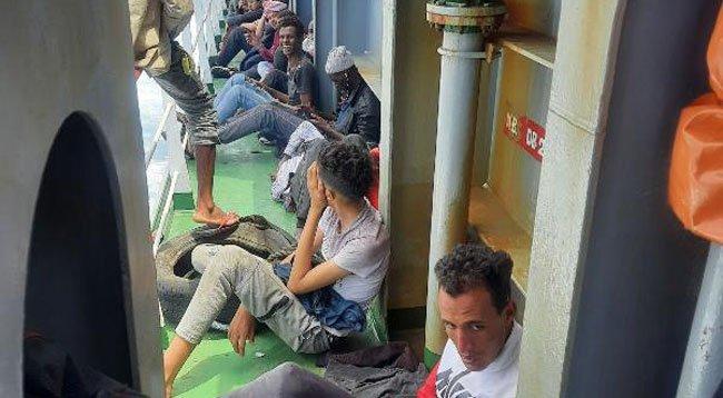 Türk Kaptan, Deniz Ortasındaki 97 Kaçak Göçmeni Kurtardı