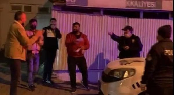 'Kavga' İhbarına Gelen Polislere Pasta Sürprizi