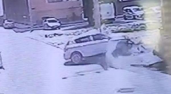 3'ü Çocuk 4 Kişinin Yaralandığı Kaza Kamerada
