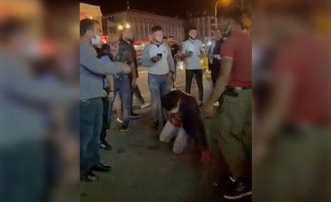 Rize'de Sokak Ortasında Bıçaklı Kavga: 3 Yaralı, 3 Gözaltı