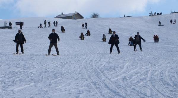 Modern Kayağın Atası İpli Kayak İlgi Çekiyor
