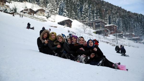Ayder`de kar eğlenceleri başladı