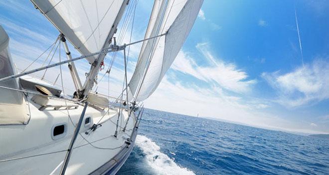Gemiye çektuk yelken