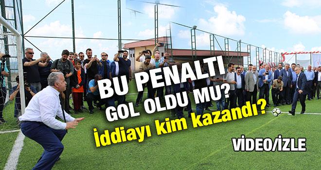 Bakan Ağbal İle Başkan Kasap`ın Penaltı İddiasını Kim Kazandı?